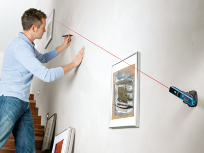 Bosch Line and Point Laser GLL 1P Picture Frame Alignment (EN)