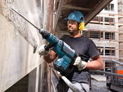 Model: 1-3/4 In. SDS-max® Rotary Hammer_RH745_Concrete Wall