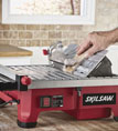 http://mdm.boschwebservices.com/files/Skil Tile Saw with HydroLock System™ 3550 Wet Tile Saw Bevel (EN) r56359v48.jpg