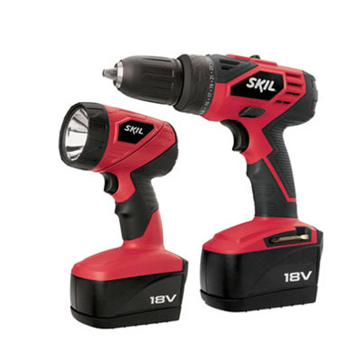 18V Cordless Drill/Driver & Flashlight Kit